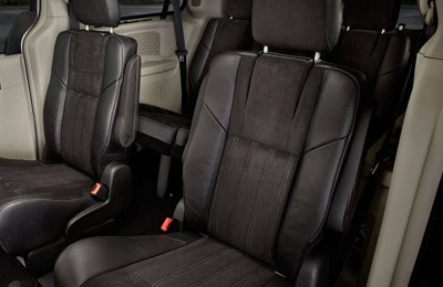 2016 Chrysler Town Country Interior Aberdeen Nc